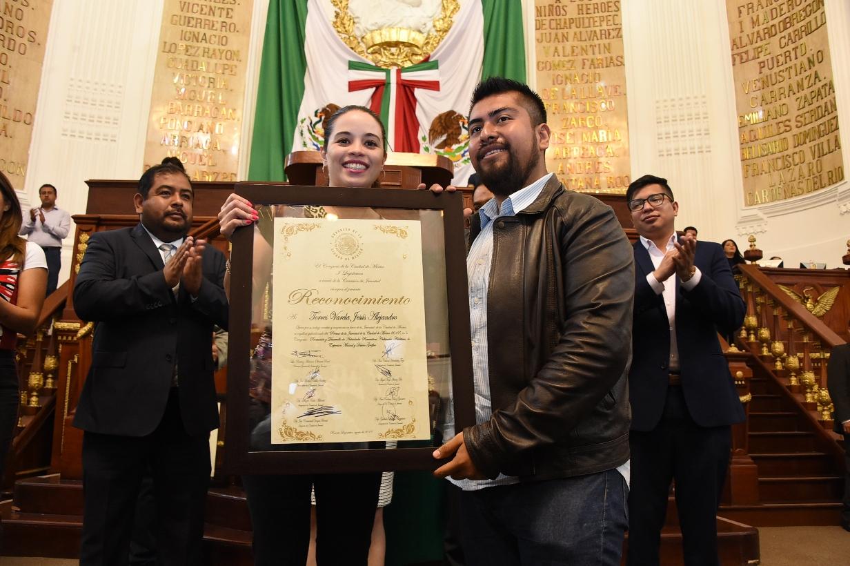 El Congreso CDMX reconoció con el Premio de la Juventud 2019 a Diez Jóvenes en diversas disciplinas