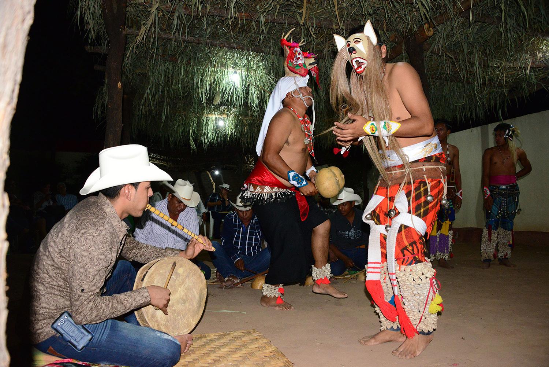 Lenguas yutoaztecas más allá del límite fronterizo