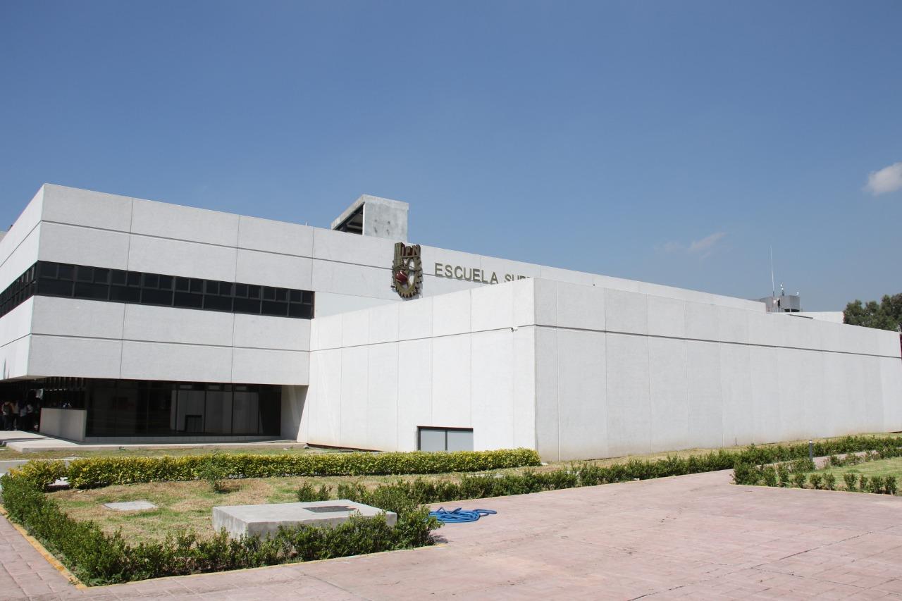 Inaugura MARC Edificio de la ESCOM cuya inversión ascendió a 58.6 Millones de Pesos