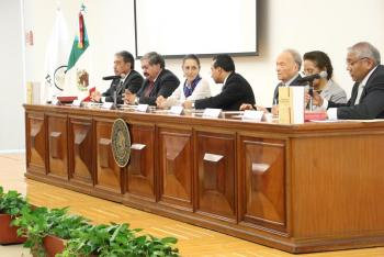 Asistencia a la Presentación del Código Nacional de Procedimientos Penales Comentado por Impartidores de Justicia