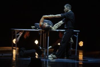Escénica llevó al Teatro de la Ciudad el espectáculo dancístico colombiano La mesa