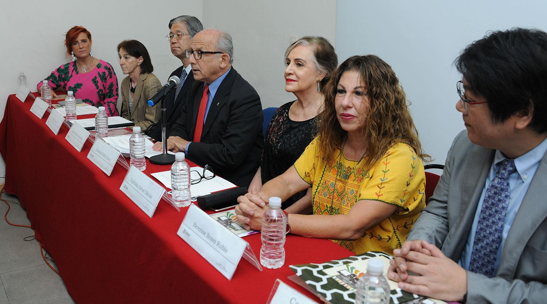 Los documentos antiguos, además de preservados, deben ser socializados: Diego Prieto