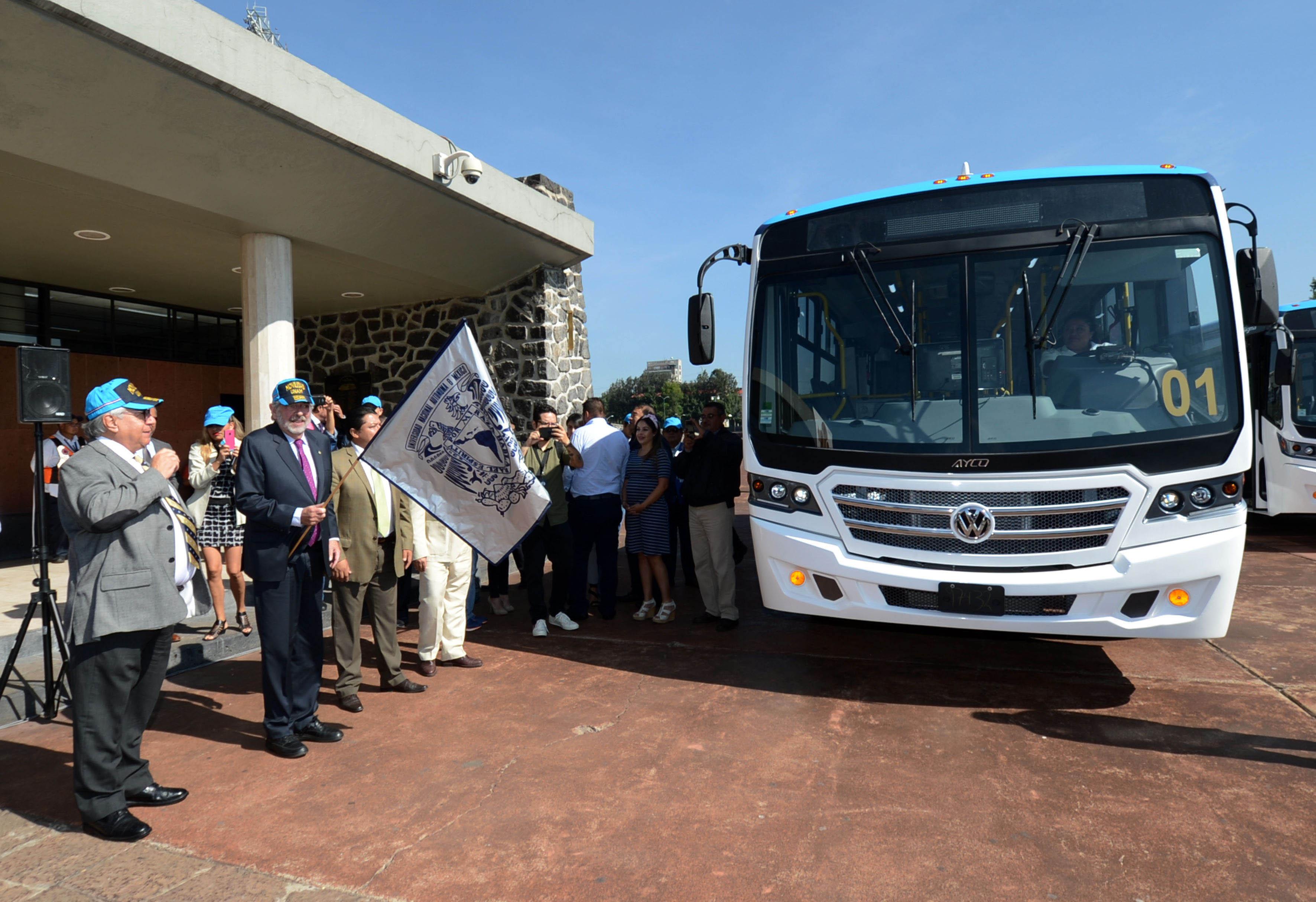 En marcha 30 nuevas unidades ecológicas del sistema Pumabús