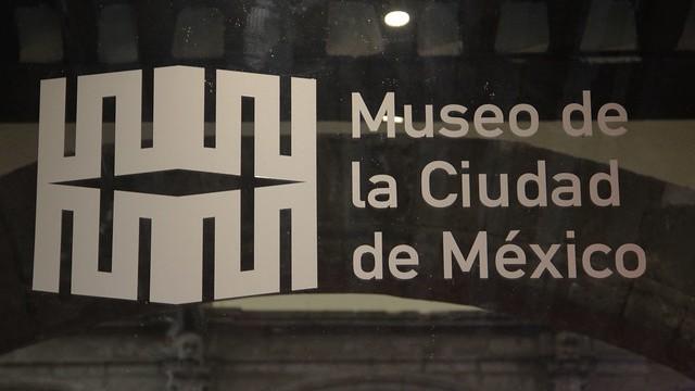 El pintor Rodrigo Ayala expone Megaciudad-Intimidades en el Museo de la Ciudad