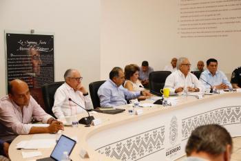 Se reúne el gobernador Astudillo con su gabinete para revisar temas de interés para los guerrerenses