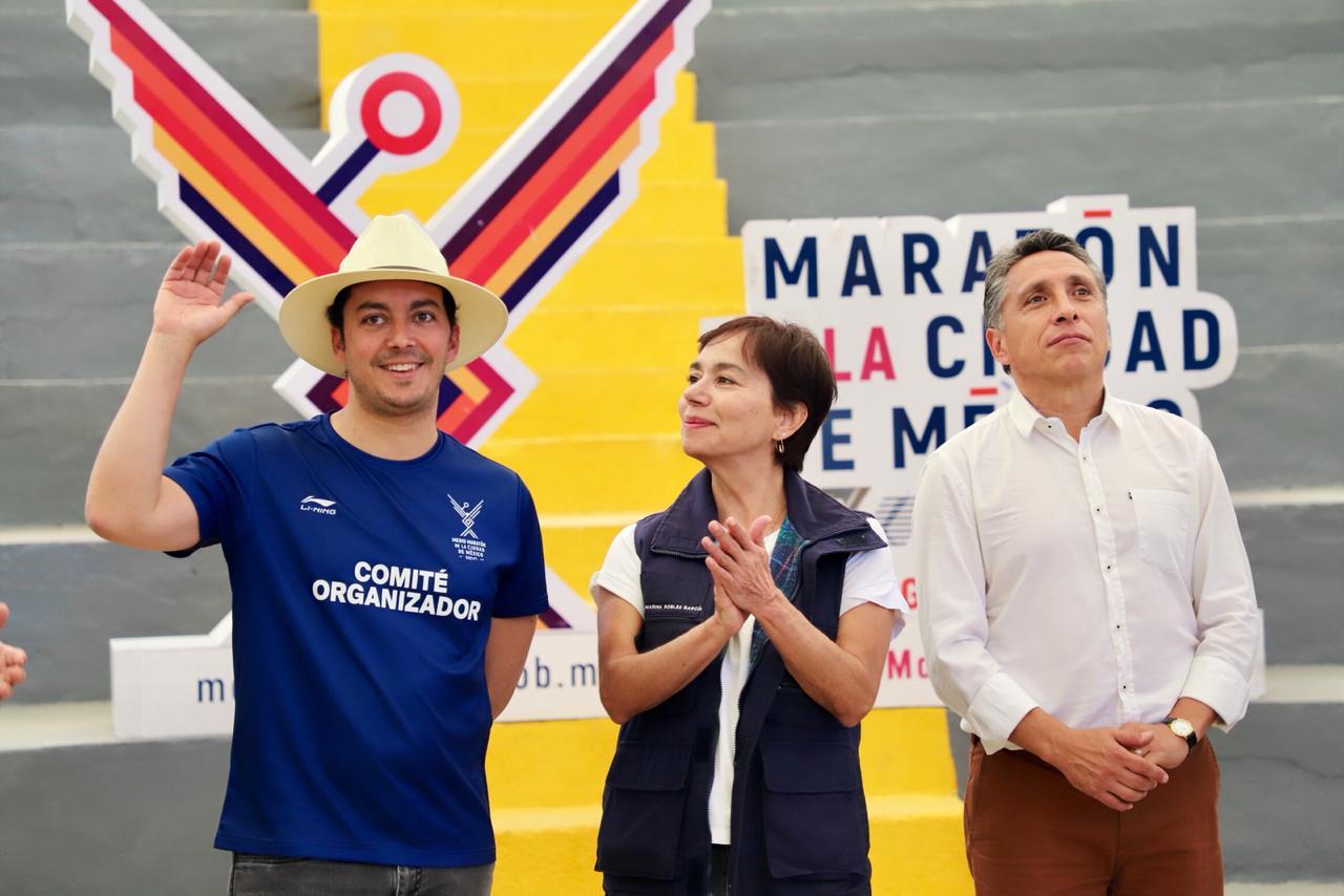 El alcalde Manuel Negrete Arias asistió a la edición número 37 del Maratón de la CDMX