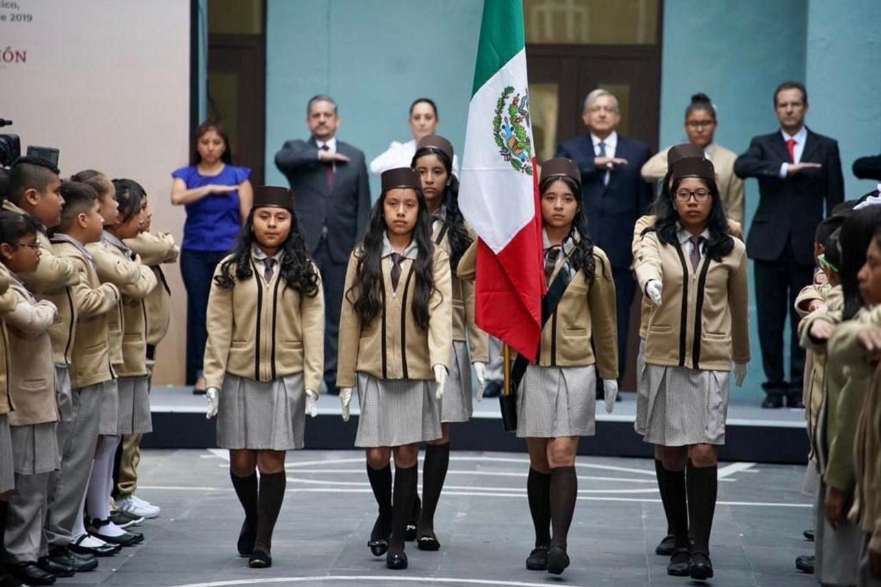 Vengan a aprender y a disfrutar, invita presidente López Obrador a estudiantes mexicanos en inicio de ciclo escolar