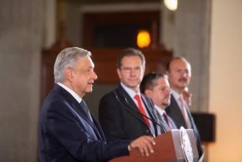 La educación es base del desarrollo; hace plenas nuestras libertades, afirma presidente López Obrador