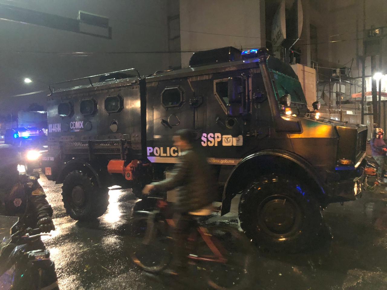 Policías de la SSC auxilian a dos menores de edad que deambulaban en calles de la Alcaldía Benito Juárez