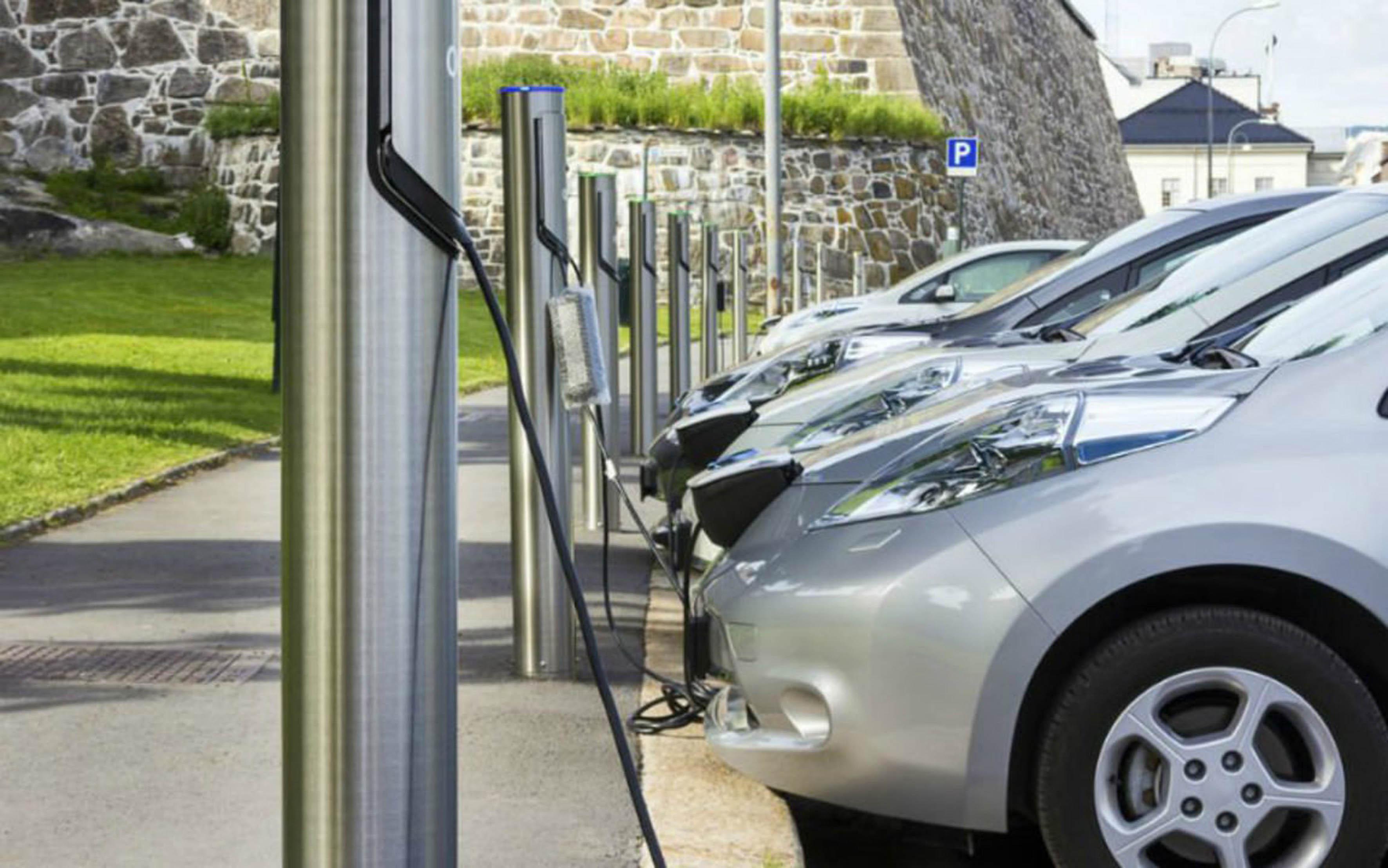 Necesarios al menos 400 mil autos híbridos en la ZMVM para mejorar la calidad del aire