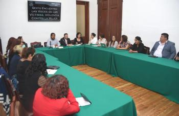 Expertos en el tema de violencia hacia las mujeres proponen fortalecer las acciones de sensibilización