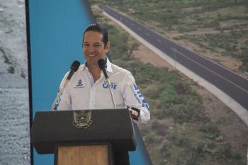 Inaugura Gobernador caminos que mejoran la vida de 5 mil 500 habitantes de Colón