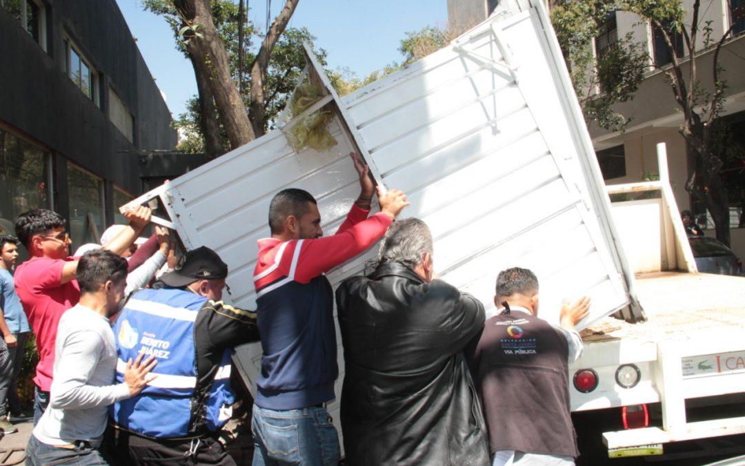 Realiza Alcaldía Benito Juárez operativo para ordenar y recuperar espacios públicos en Nápoles y Extremadura Insurgentes