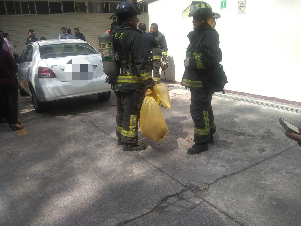 SSC coadyuvó en labores de emergencia ante derrame de un líquido tóxico en la Escuela Superior de Medicina del IPN