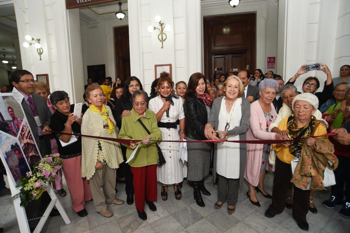 Exposición fotográfica Rescatando el barrio de Peralvillo a través de la participación ciudadana de las personas mayores