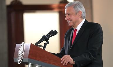 Más de ocho millones de adultos mayores mexicanos reciben pensión universal al doble, informa presidente
