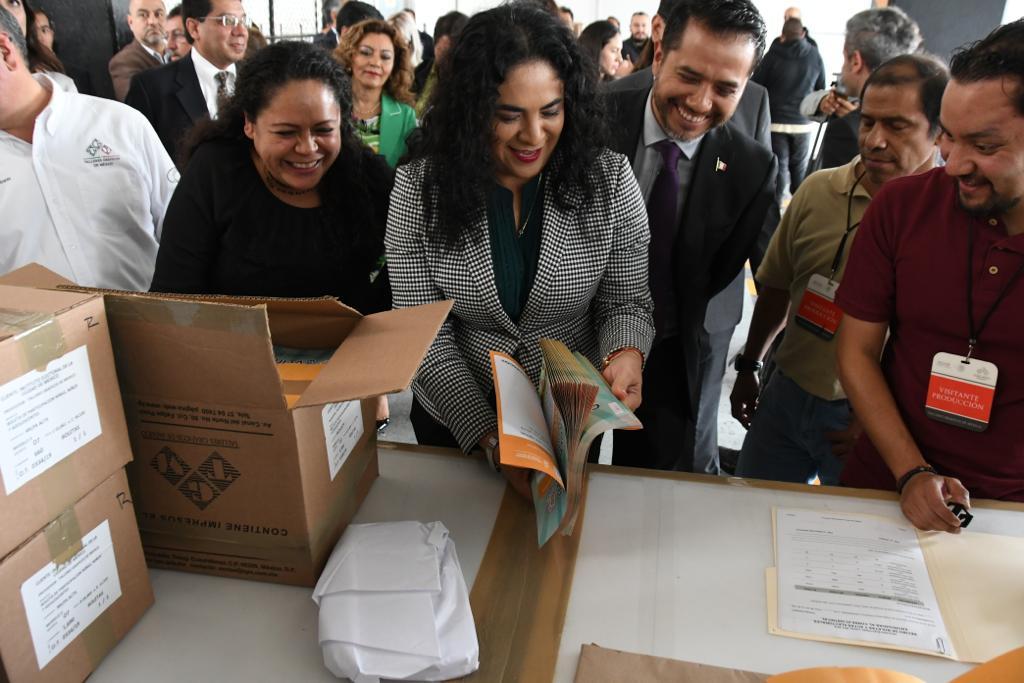 Entrega Talleres Gráficos de México a IECM boletas de Consulta para Niñas, Niños y Adolescentes