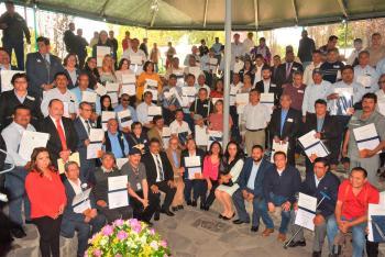INAH entrega estímulos a 700 trabajadores adscritos a sus dependencias en el país