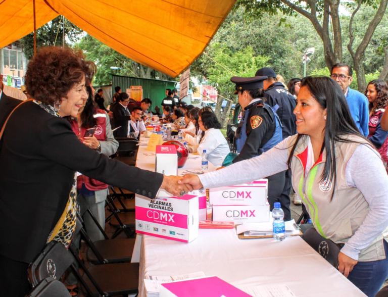 Tlalpan realiza Feria de Prevención contra la violencia de género