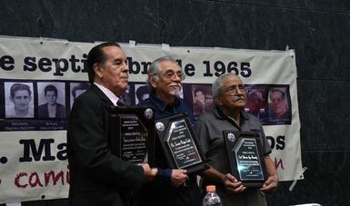 Reconoce Premio Nacional Carlos Montemayor a sobrevivientes del asalto al cuartel de Ciudad Madera