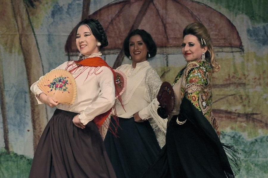 Tandas y tundas, con dirección de Arturo Beristain, revive el teatro de revista en el Centro Cultural del Bosque