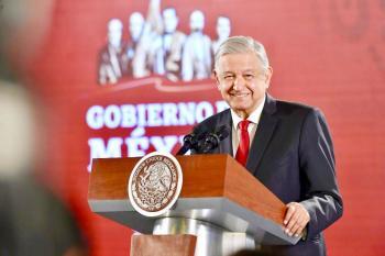 Presidente López Obrador reconoce a la Secretaría de Marina-Armada de México por apoyo humanitario a damnificados de Las Bahamas