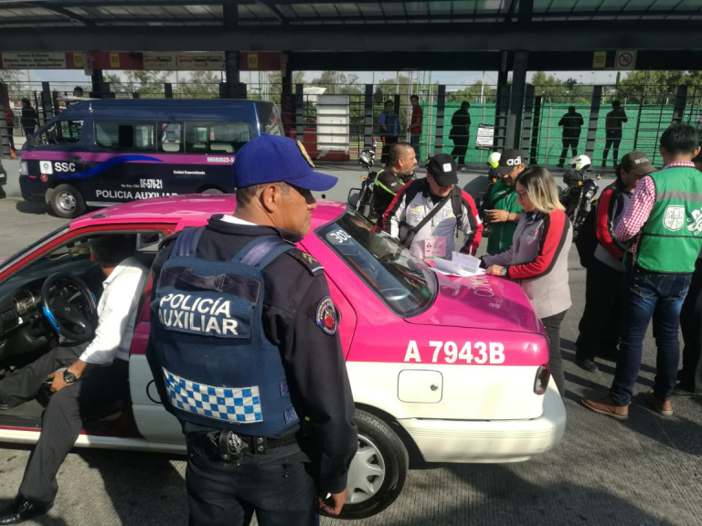 Tlalpan, SEMOVI e INVEA realizan operativo a taxis