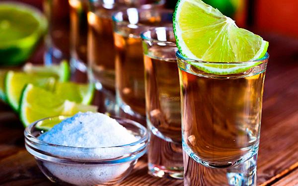 Desarrollan en la UNAM técnicas para autentificar tequilas