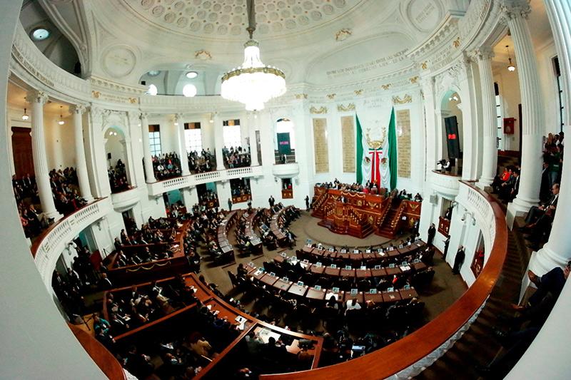 Diputados presentan iniciativas de reformas y adiciones a normas capitalinas