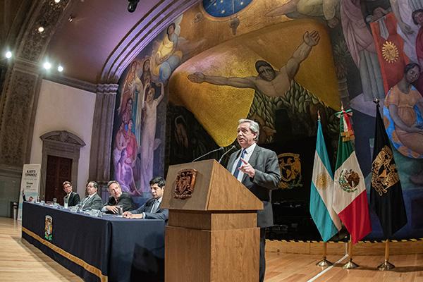 La UNAM, modelo de universidad para América Latina: Alberto Fernández