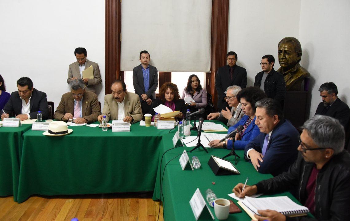 Gasto racional y medidas de austeridad, ofrece Mario Velázquez,  consejero presidente del IECDMX, ante el Congreso capitalino