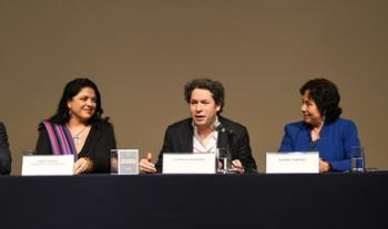 Coinciden Gustavo Dudamel y Alejandra Frausto en el arte como eje de transformación social