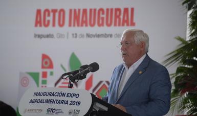 Suma de agricultura empresarial, mediana, pequeña y de subsistencia fortalecerá mercado interno y reducirá importaciones: Víctor Villalobos
