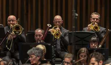Gustavo Dudamel y la Filarmónica de Los Ángeles ofrecieron espectacular concierto conmemorativo en el PBA