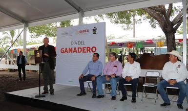 Redoblan Agricultura y gobierno de Colima acciones para elevar estatus sanitario ganadero del estado