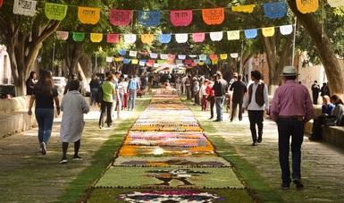 Se engalana Festival de Música de Morelia con flores y conciertos de guitarra