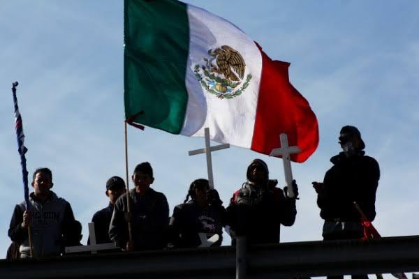 Mexicanos presentan demandas tras ataque en El Paso, Texas