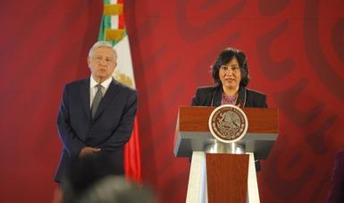 Ante el presidente Andrés Manuel López Obrador, la secretaria Irma Eréndira Sandoval expone medidas para frenar acoso sexual en APF