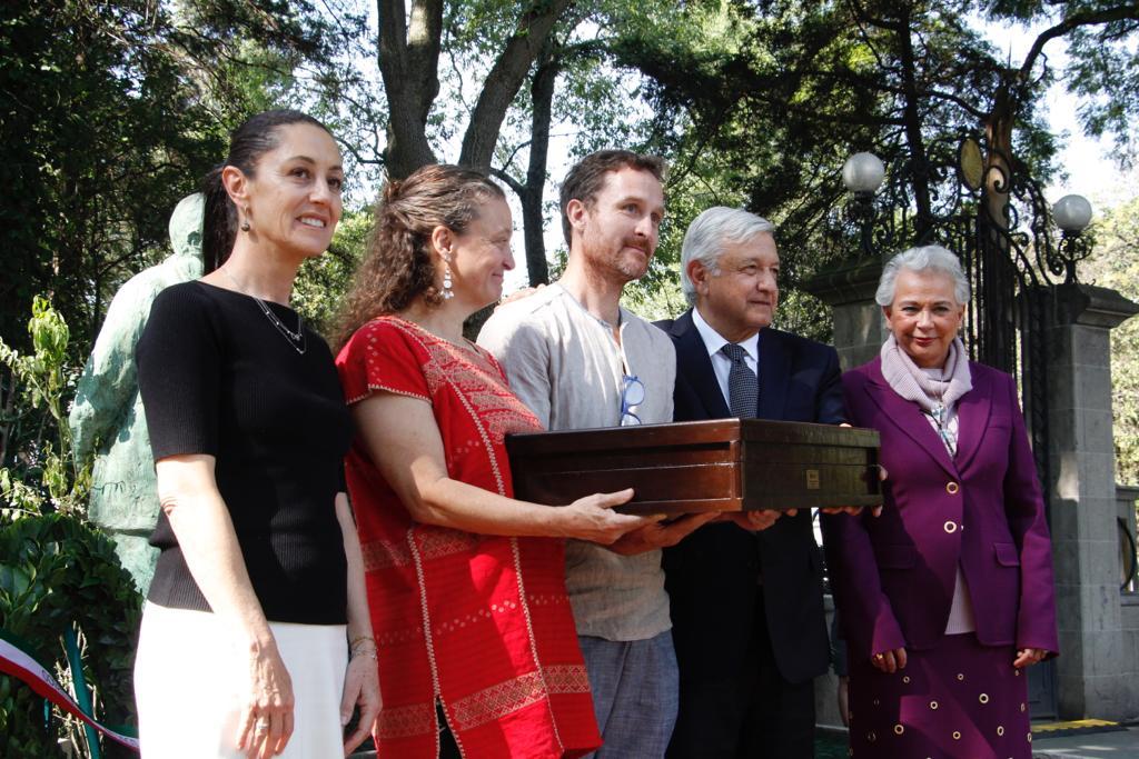 Asistencia de la Jefa de Gobierno a la ceremonia de Inhumación de Valentín Campa Salazar