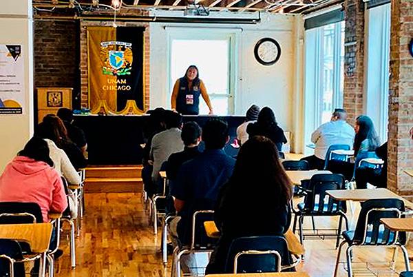 En Chicago, presentan examen de selección para ingresar a la UNAM