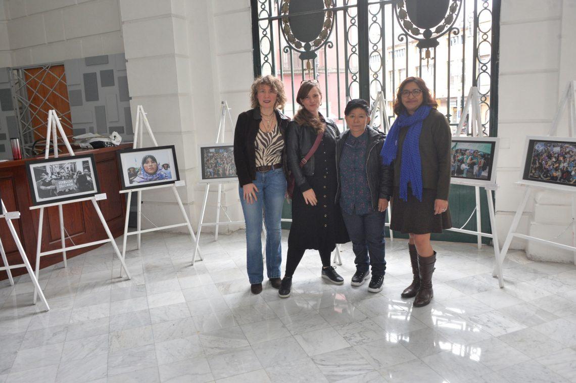 """Inauguran exposición fotográfica """"Somos Todas"""" en el Recinto Legislativo de Donceles que captura la lucha de las mujeres"""