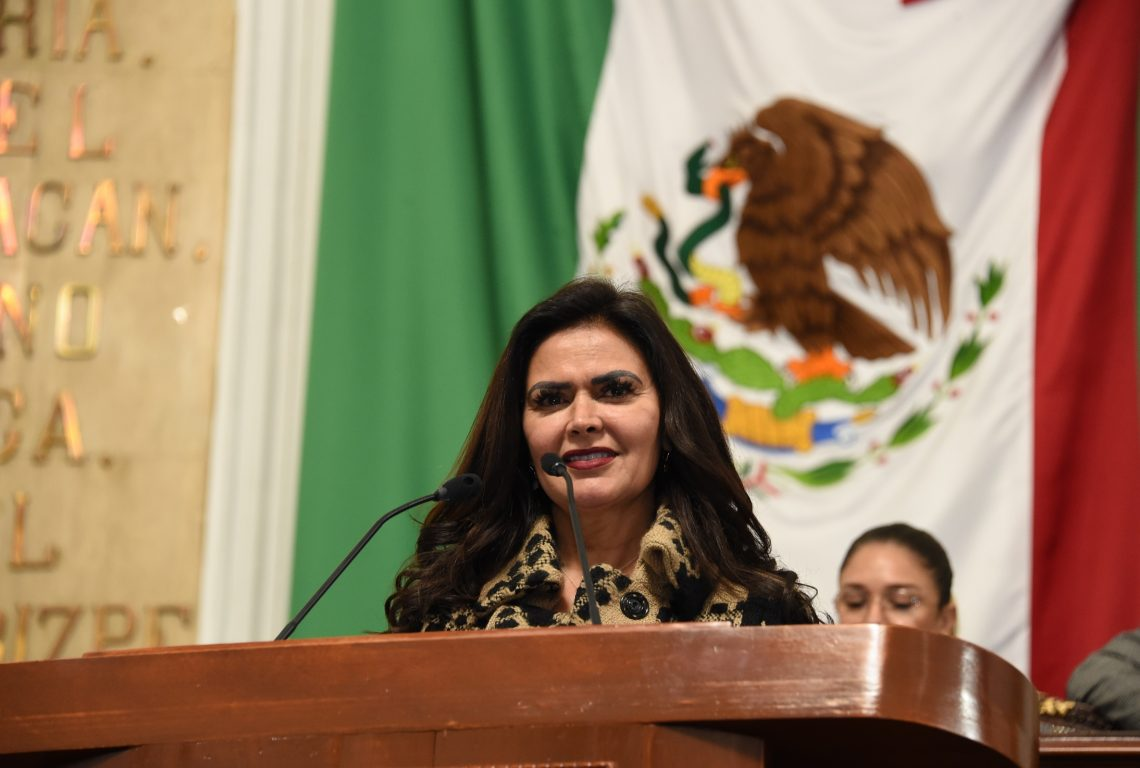 Proponen en el Congreso de la CDMX la eliminación del uso del papel en documentos internos