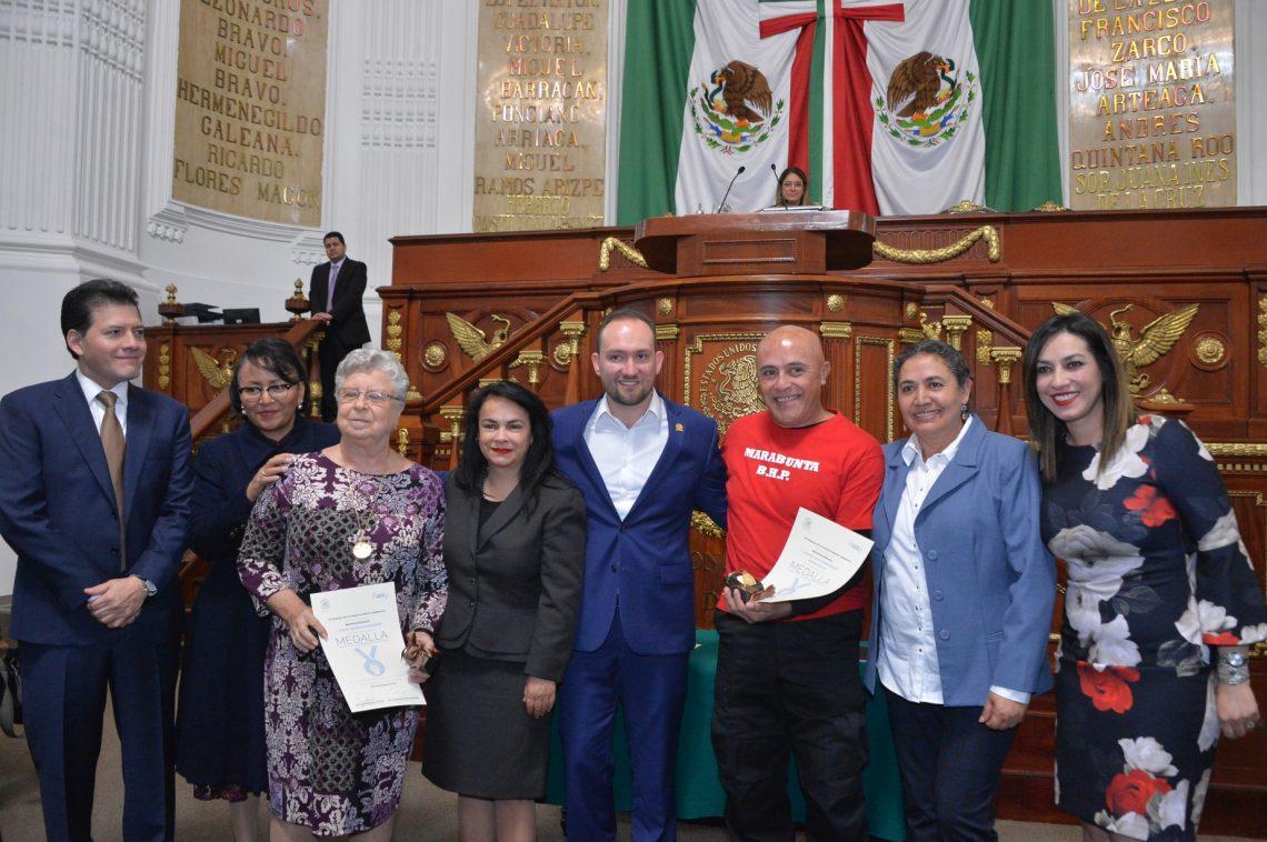 Reciben Clara Jusidman Rapoport y a la Asociación Civil Espacio Libre Independiente Marabunta la Medalla al Mérito de Defensoras y Defensores de Derechos Humanos 2019