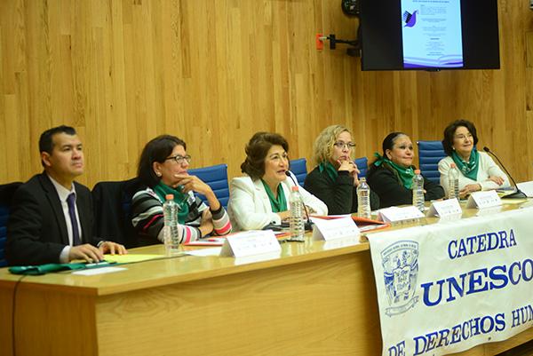 Fortalece la UNAM sus acciones en defensa de los derechos de las mujeres