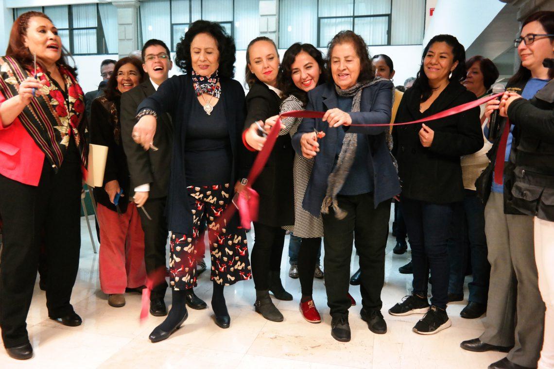 Inauguran en el lobby del edificio de Zócalo del Congreso de la CDMX la exposición Mujeres Libres de Violencia
