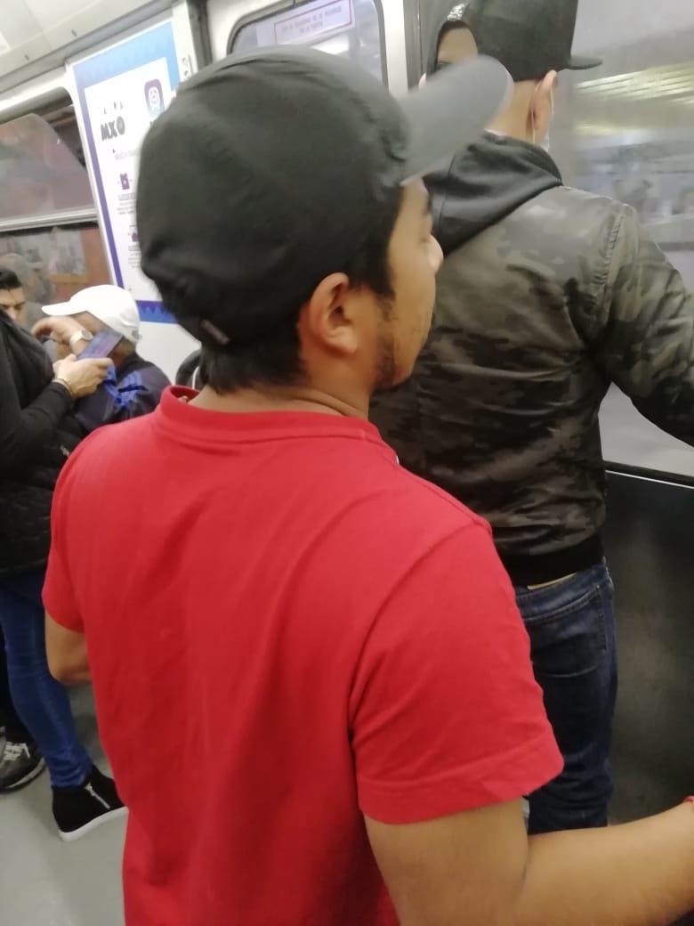 Historias en el metro - Adolorido