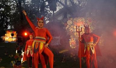 Familias disfrutan del Complejo Cultural Los Pinos en este periodo vacacional