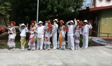 Grupo de baile Ko´ox Óok´ot cambia las vidas de personas en Campeche