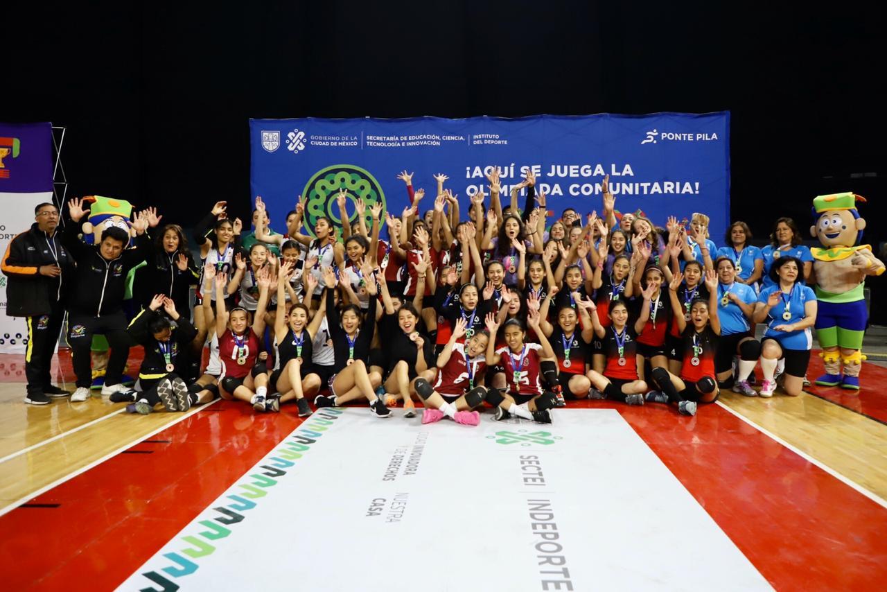 Participan 34 equipos en la final del voleibol de la Olimpiada Comunitaria de la Ciudad de México