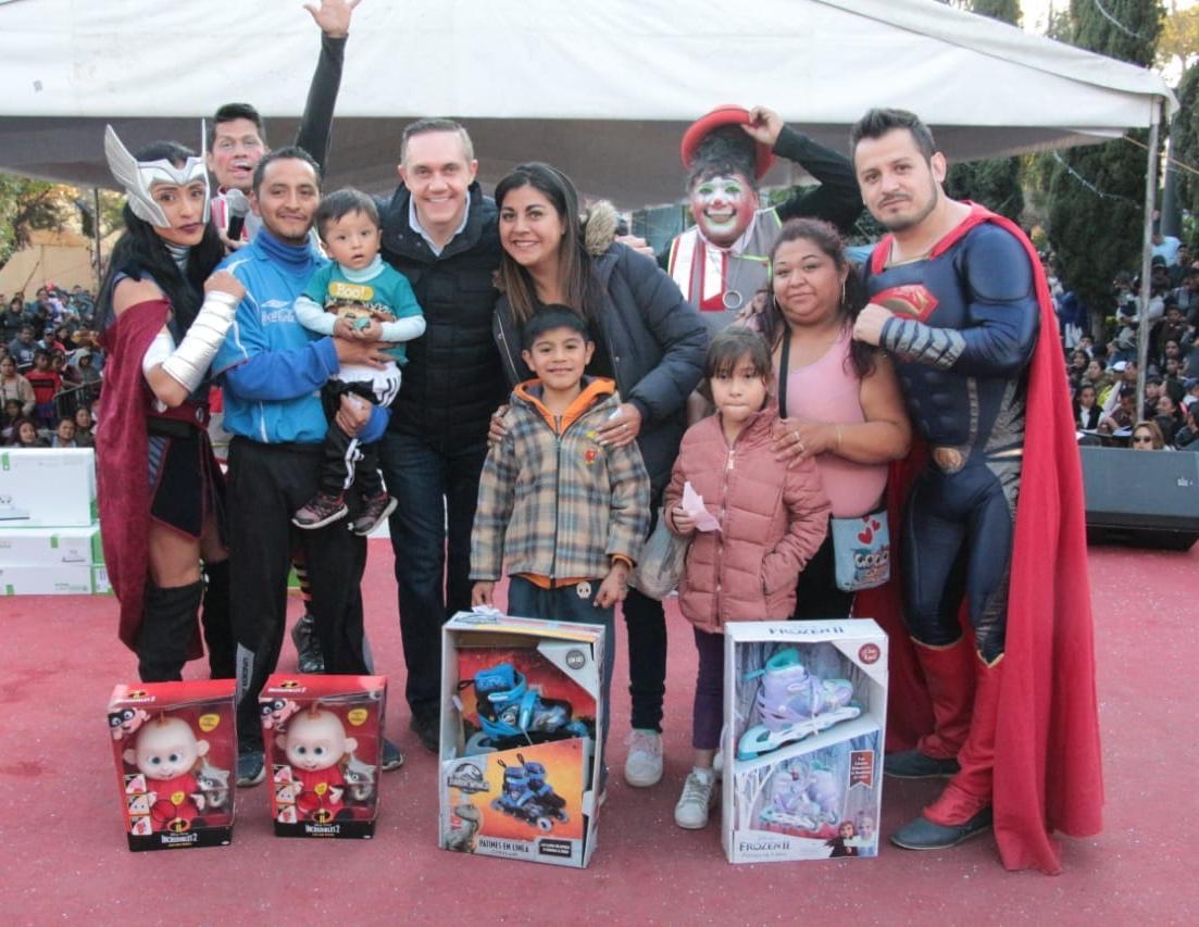 Saldo blanco en festejo de Día de Reyes en  Cuajimalpa